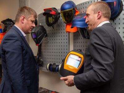 Ministr zahraničí navštívil jednoho z lídrů českého průmyslu a exportu